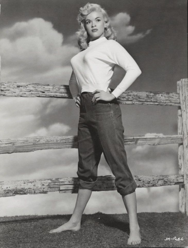 Jayne mainsfield in 50s pants and knit top