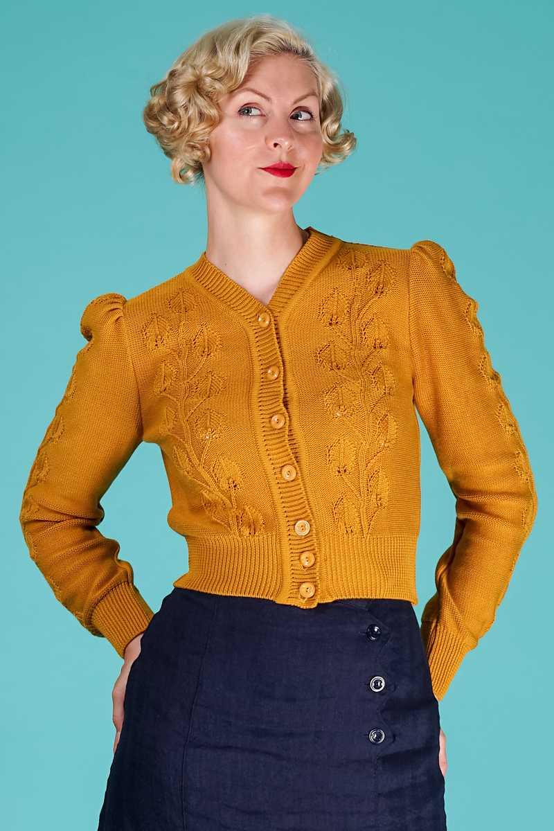 Suzie Q cardigan fra Emmy Design i senneps gul bomulds mix