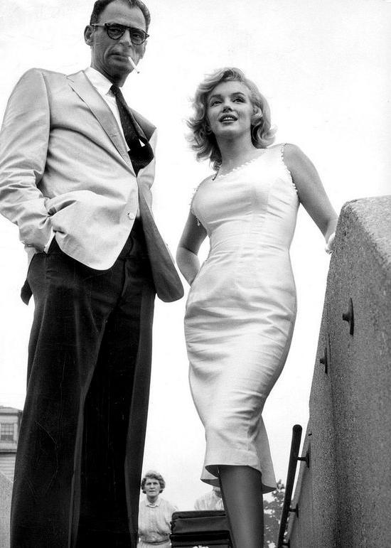 Vintage brudekjoler hos Mondo Kaos