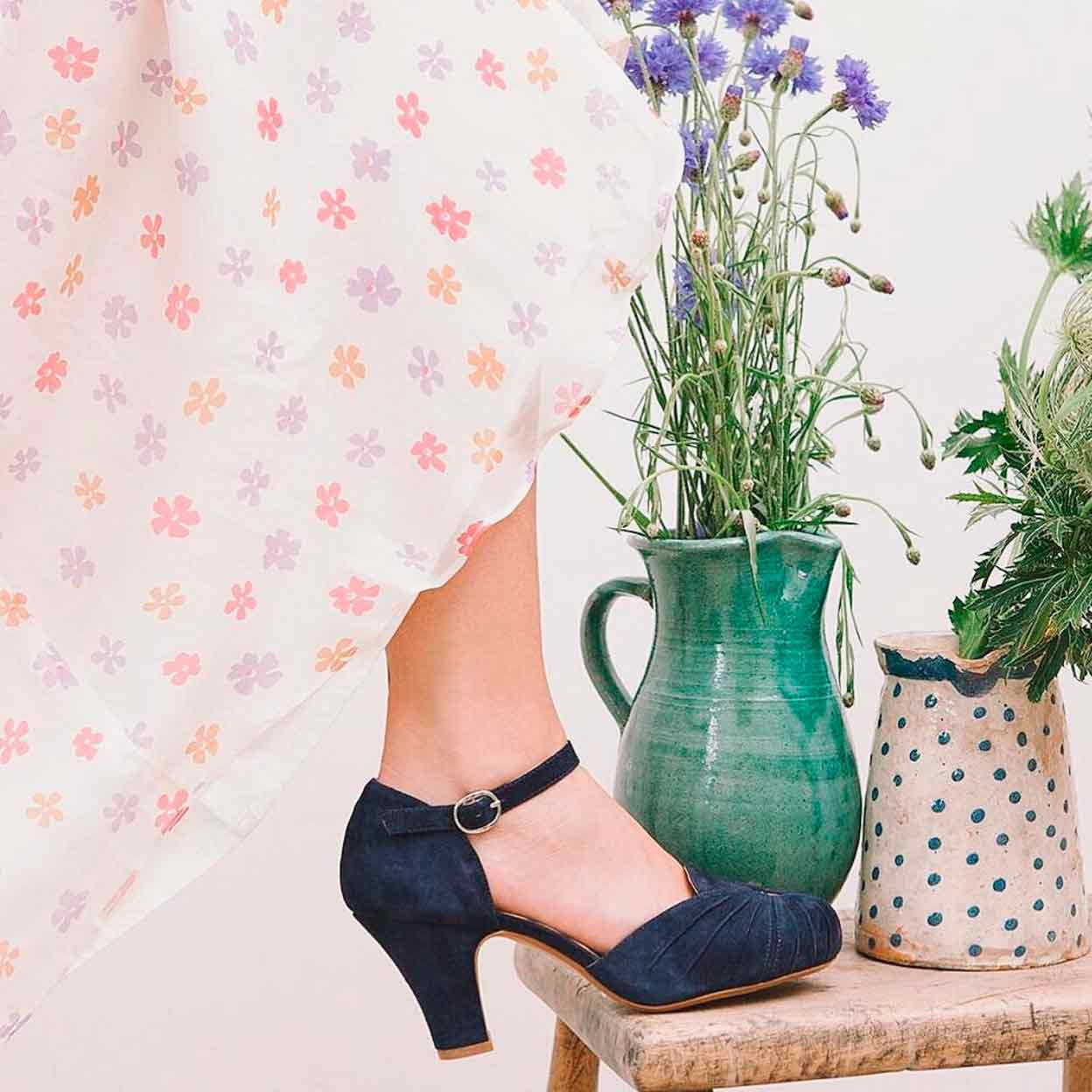 Navy blue suede vintage shoes from Miss L Fire