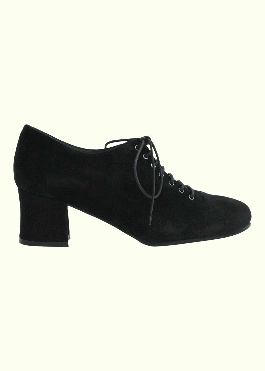 Retro inspired shoes in black suede from Nordic Shoepeople