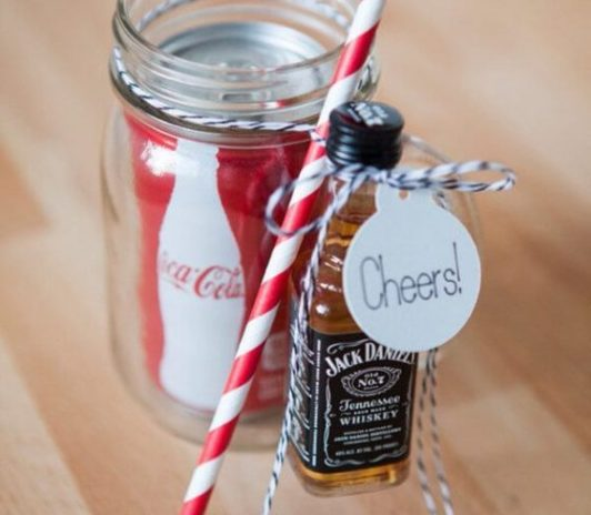 drinkable wedding favour ideas
