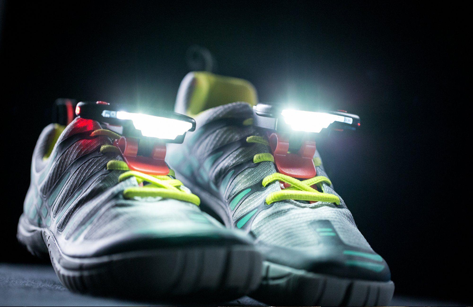 Night Runner 270 Schuhlampe als Alternative zu Stirnlampe