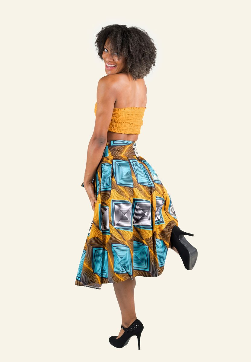 https://www.oludan.com/products/pink-grey-african-print-maxi-skirt?_pos=1&_sid=796346780&_ss=r