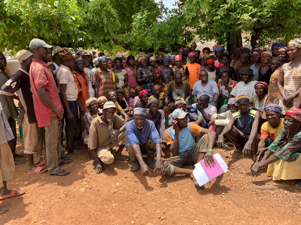 group shot of tree planters in ghana