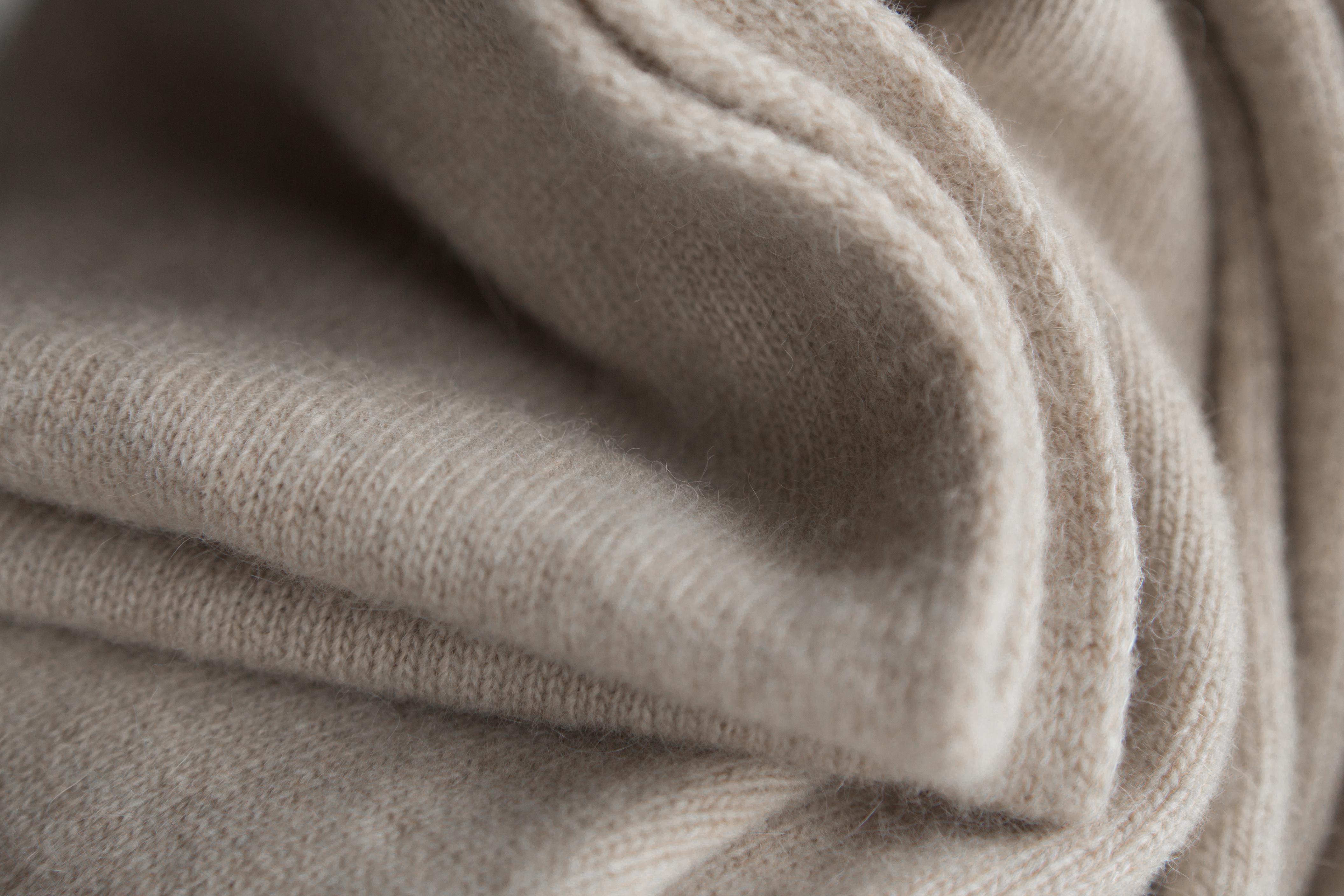 Cashmere piece
