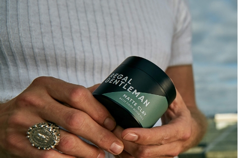 How To Use Hair Clay - The Ultimate Guide To Mens Clay