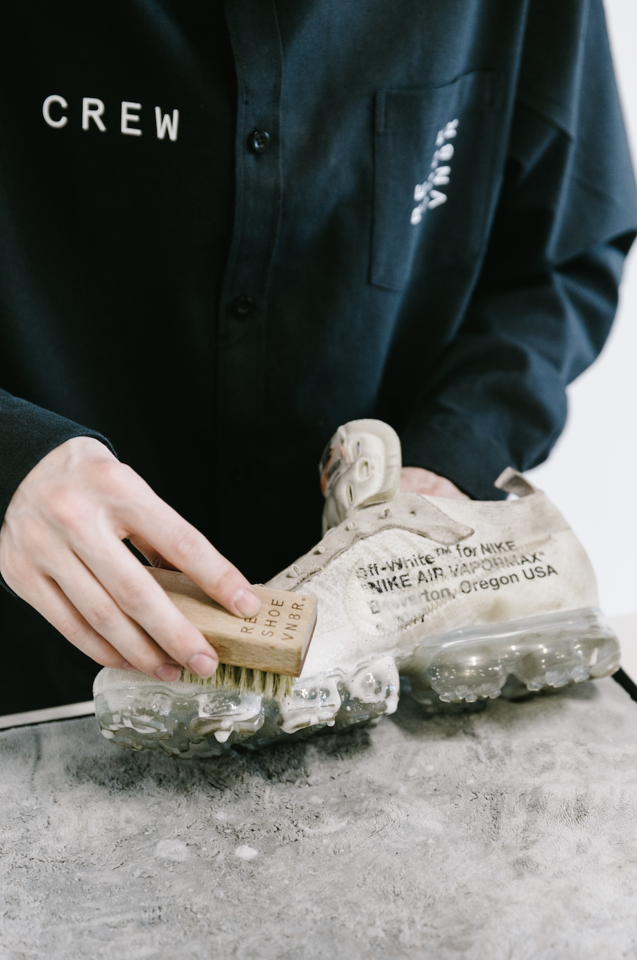 How to Clean Off White Vapormax