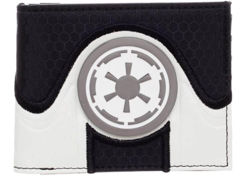 Shop our officially licensed Star Wars accessories right now!