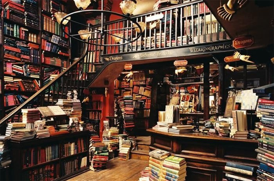 Flourish and Blotts Diagon Alley Harry Potter