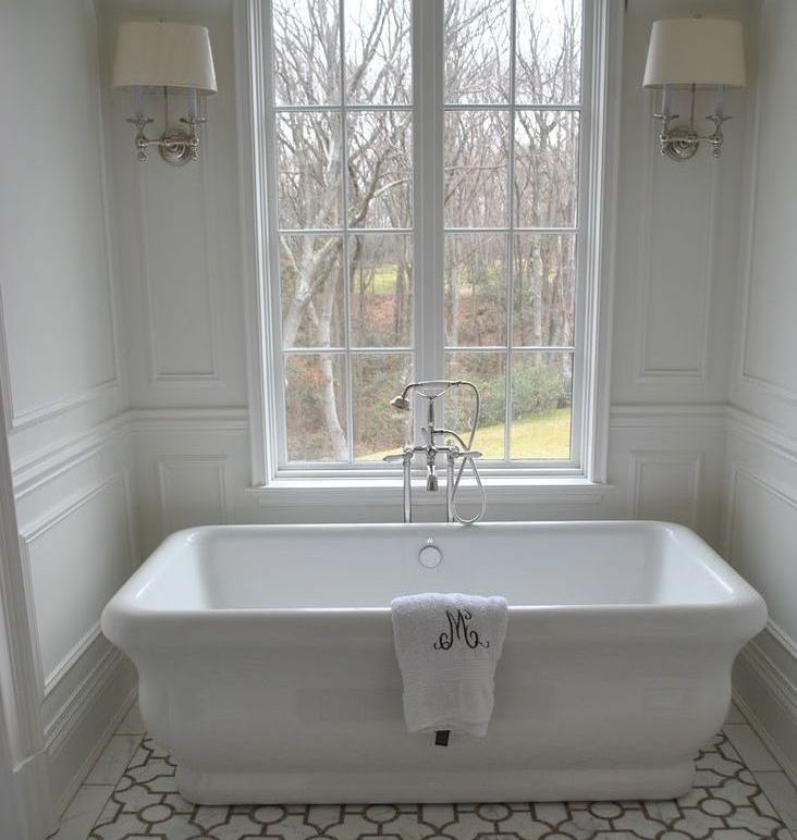 Typical freestanding tub
