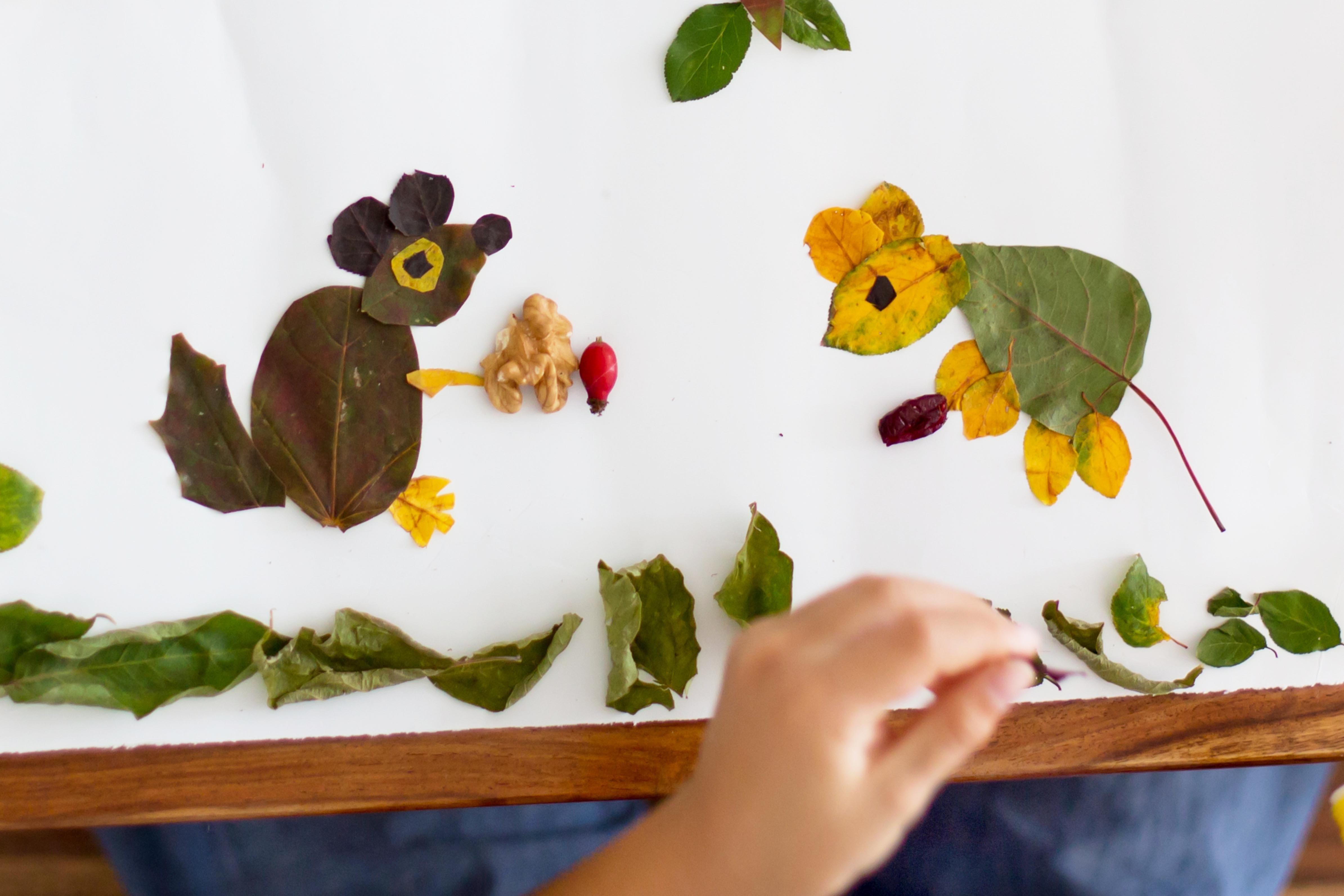 Collage de souris en feuille d'automne