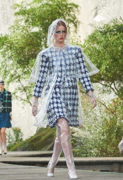 chanel outfit from SS18