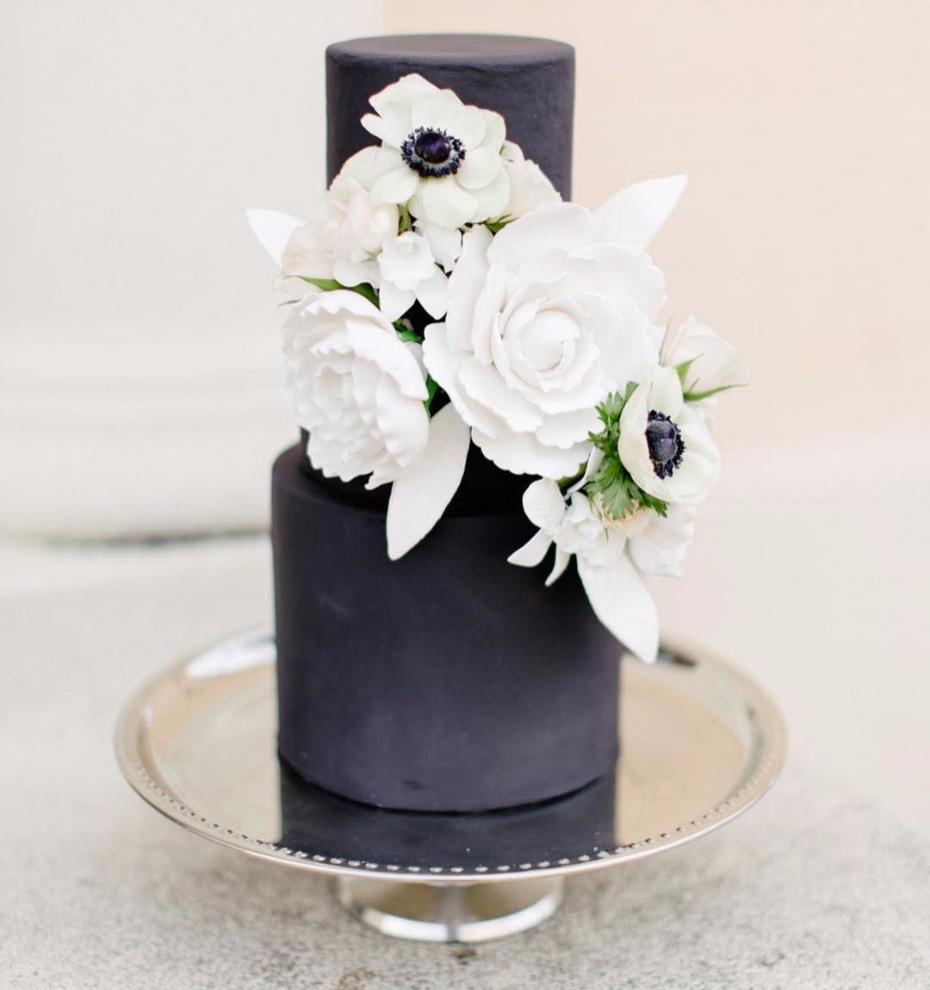 Brides of Houston Black and White Anemone Cake