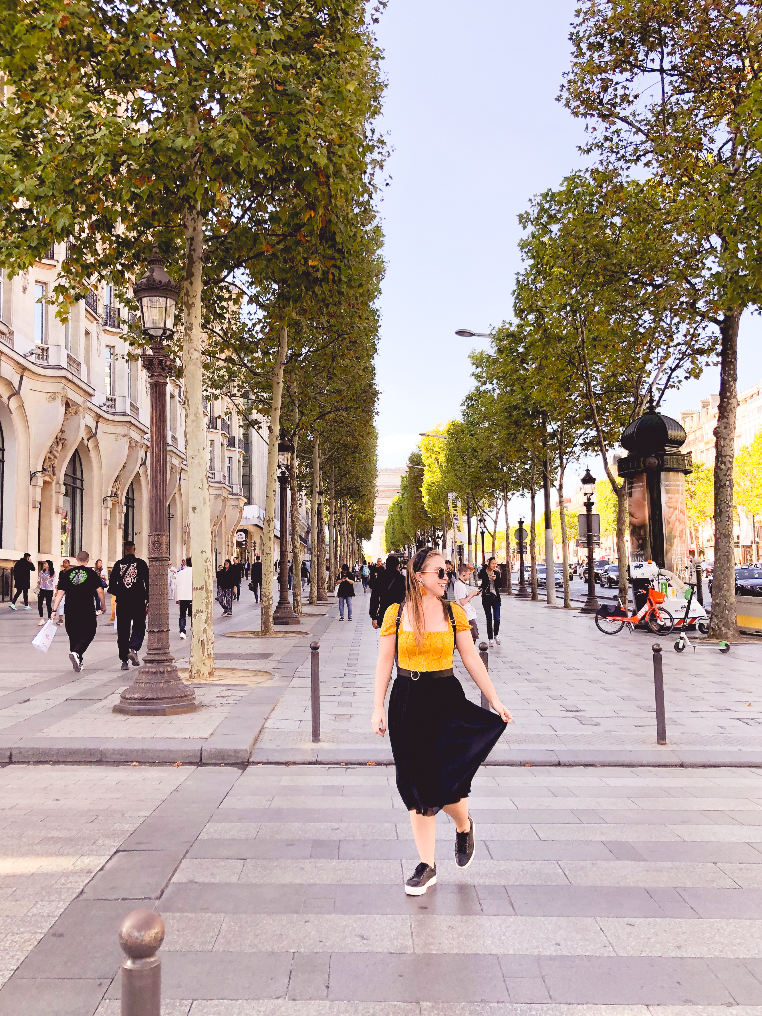 Shopping Along the Champs-Élysées in Paris | What to Wear in Paris in the Fall
