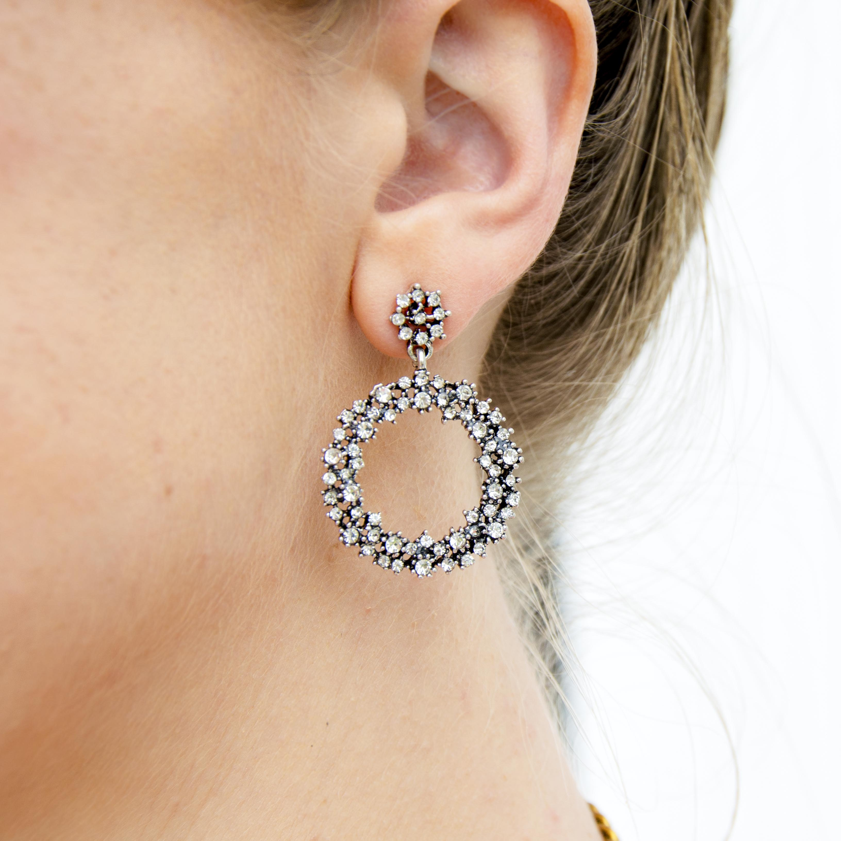 CLICK TO SHOP: The Duchess Earrings