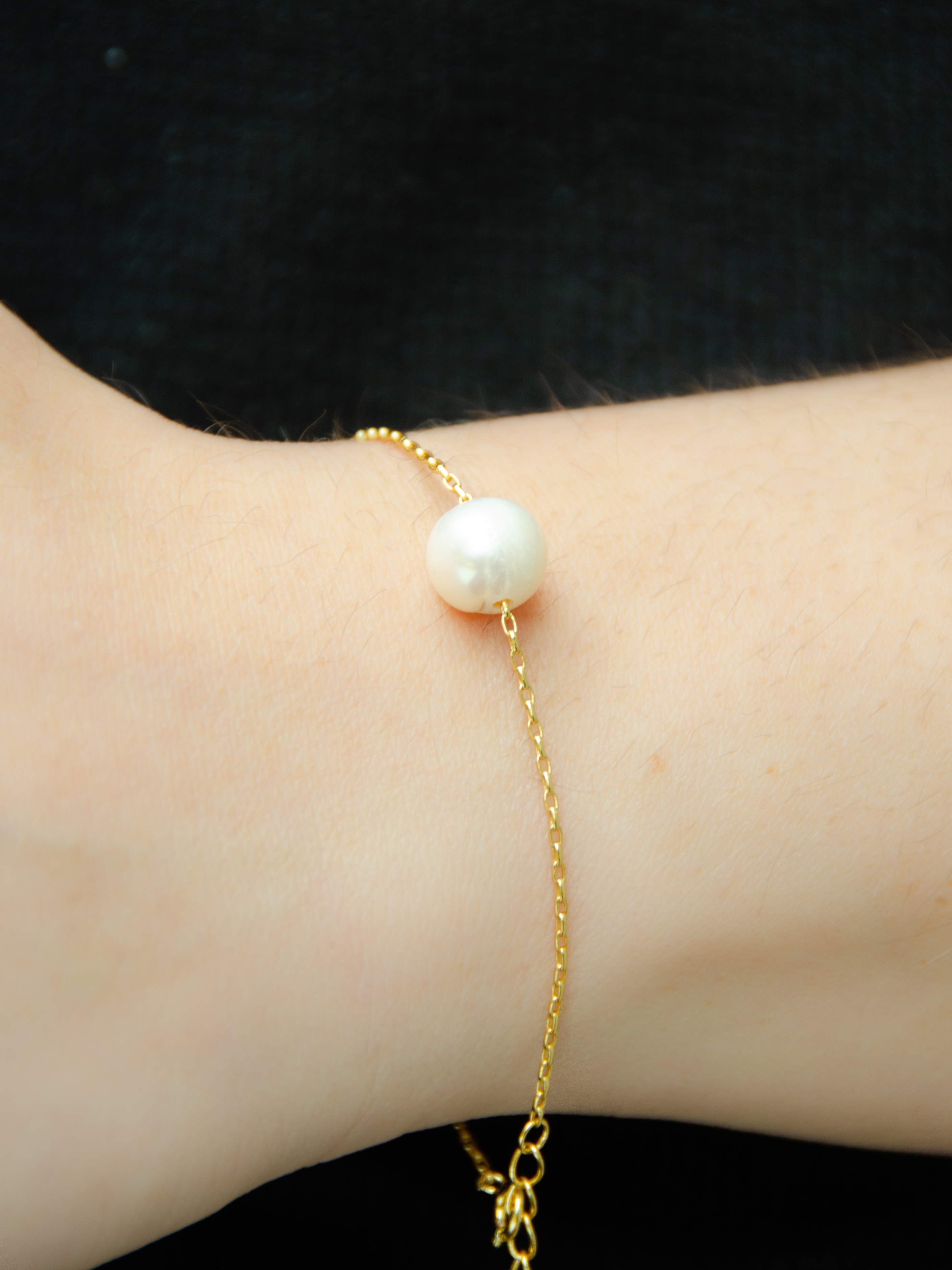 24K Gold Bracelet with Freshwater Pearl