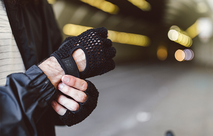 knit black bike gloves