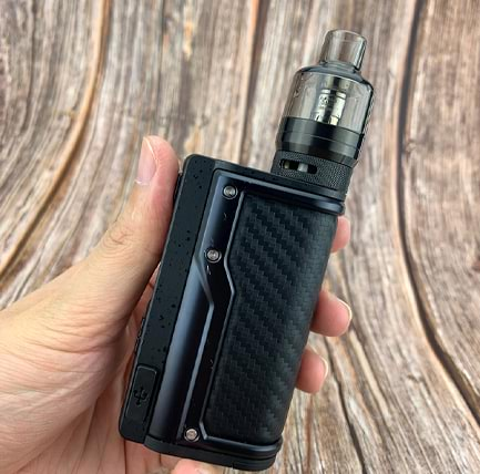 Voopoo Argus GT Kit in hand