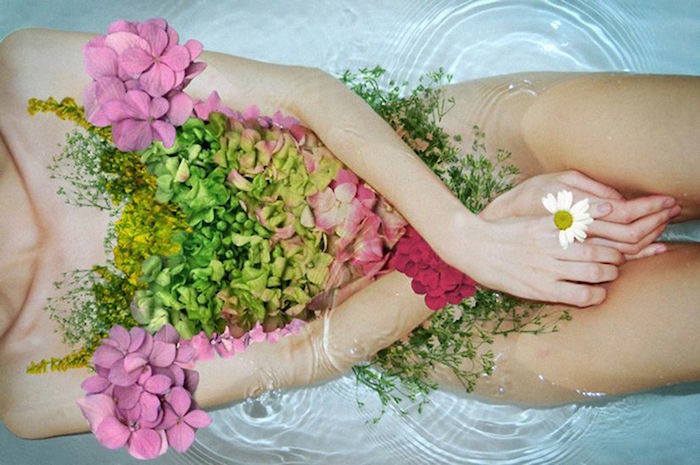 Charge Your Bathwater: Ritual Bathing with Crystals | Nanaka