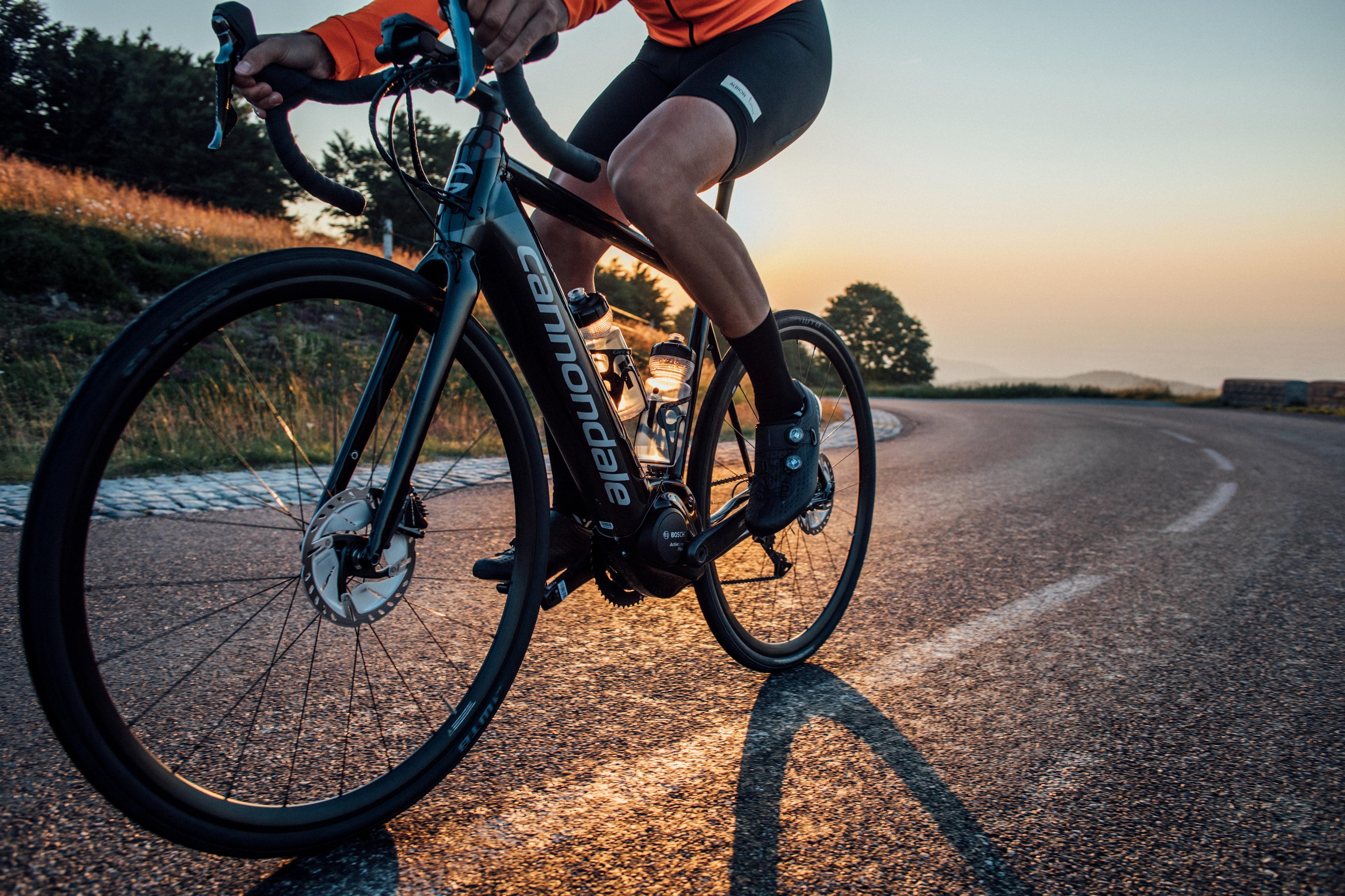 Vélo de route électrique - Le Synapse Neo de Cannondale