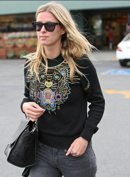Nicky Hilton in Westward Leaning Pioneer 01 Black Sunglasses