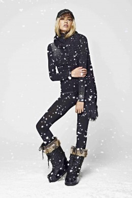 S'No Queen silk thermal top and leggings