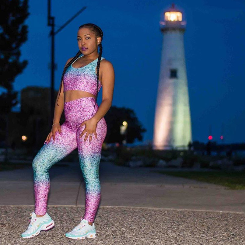 Glitter-Printed-Activewear