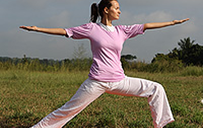 warrior pose - Yoga poses for shoulder and neck pain